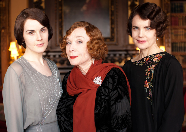 uktv_downton_abbey_s03_e02_19
